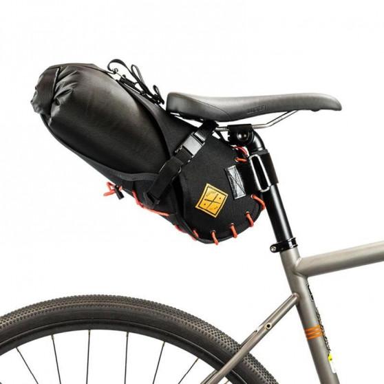 Sacoche de selle Restrap Saddle Bag orange 8L