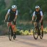 Vélo de route électrique Moustache Dimanche 28.5 montée