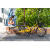 Vélo cargo Yuba Kombi jaune ville