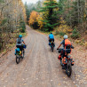 Vélo de randonnée Trek 1120 chemin