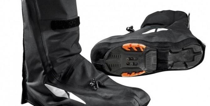 Couvre-chaussures et chaussettes