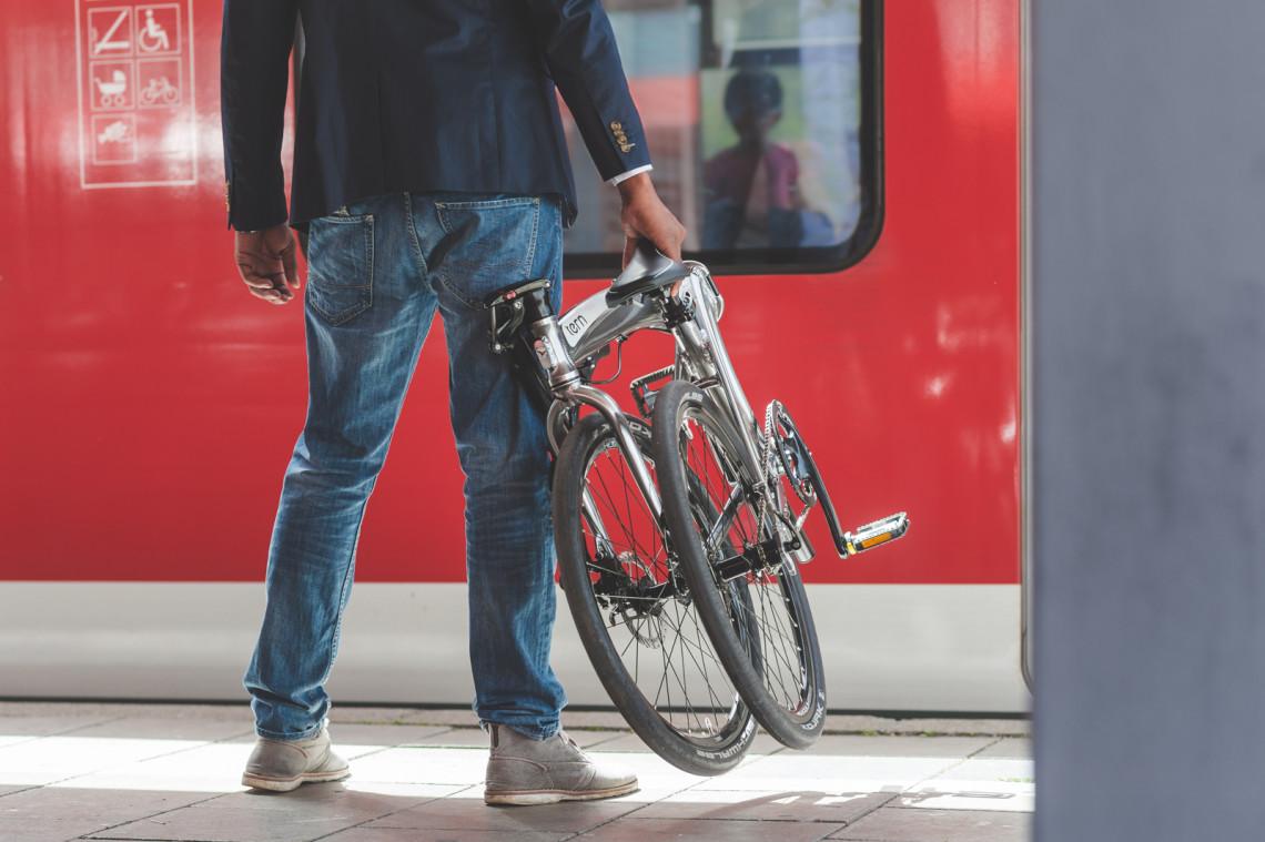 Comment transporter un vélo pliant Tern ?