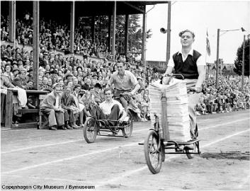 Photo historique rassemblement biporteurs à Copenhague