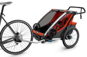 remorque thule chariot cross tirée par un vélo