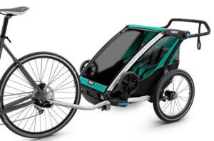 Remorque Thule Chariot Lite tractée par un vélo