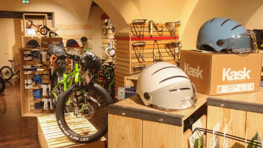 Magasin de vélos et café à Chambéry : une véritable « vélosphère »