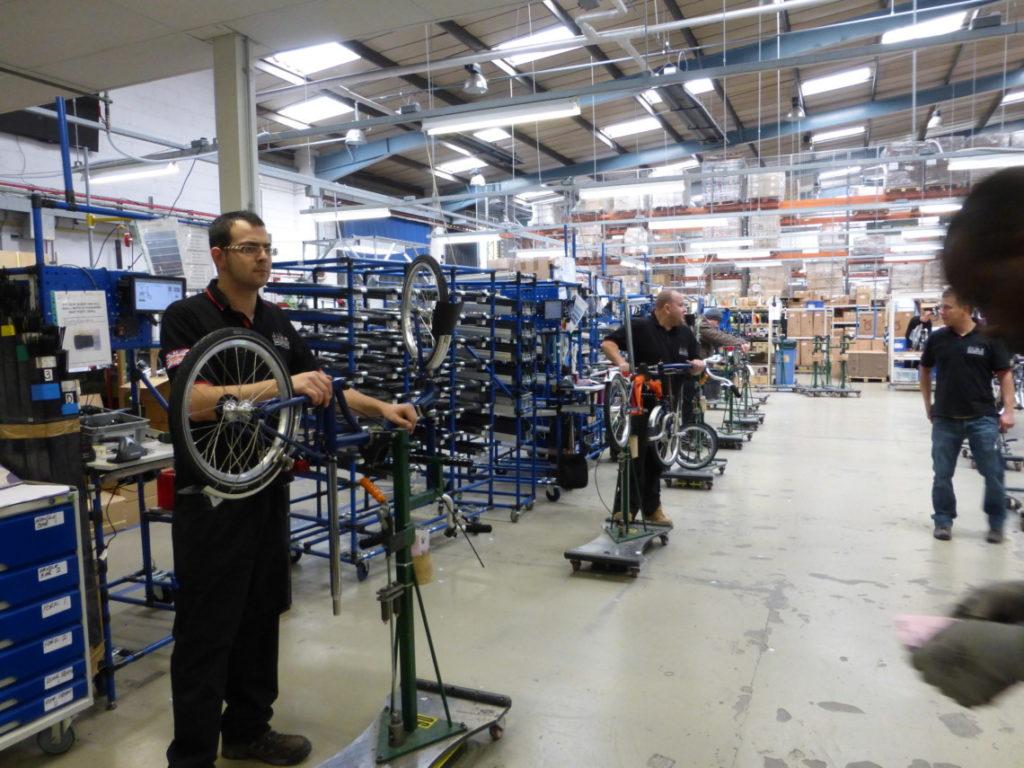 Chaine de fabrication vélos plians brompton