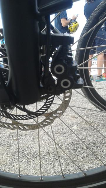 Détail roue avec freinage ABS Bosch ebike