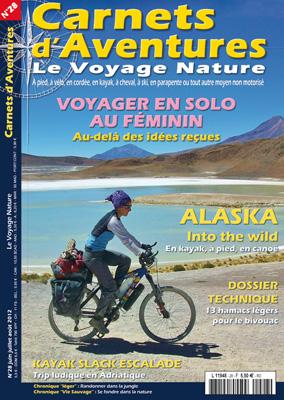 Couverture magazine Carnets d'aventure voyager en solo au feminin