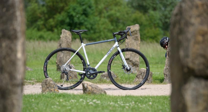 Gravel : le vélo prend le maquis