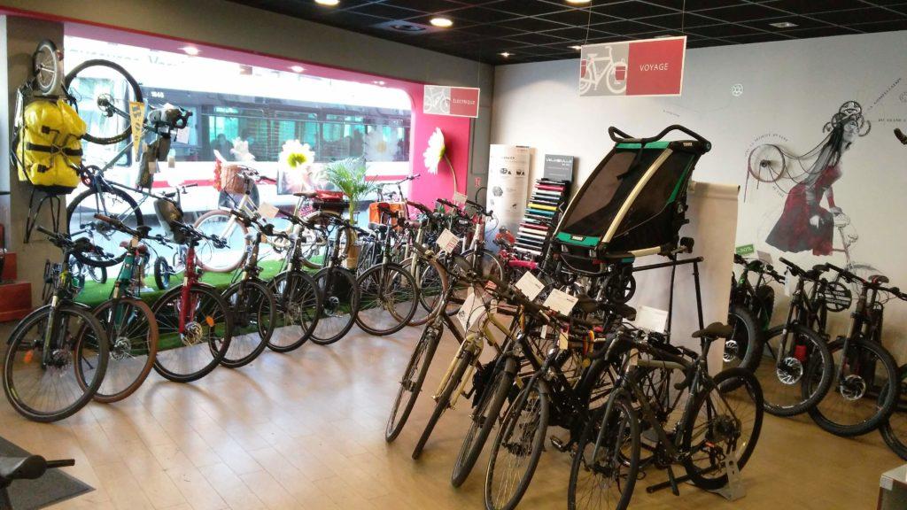 Intérieur du magasin de vélos Cyclable Oullins
