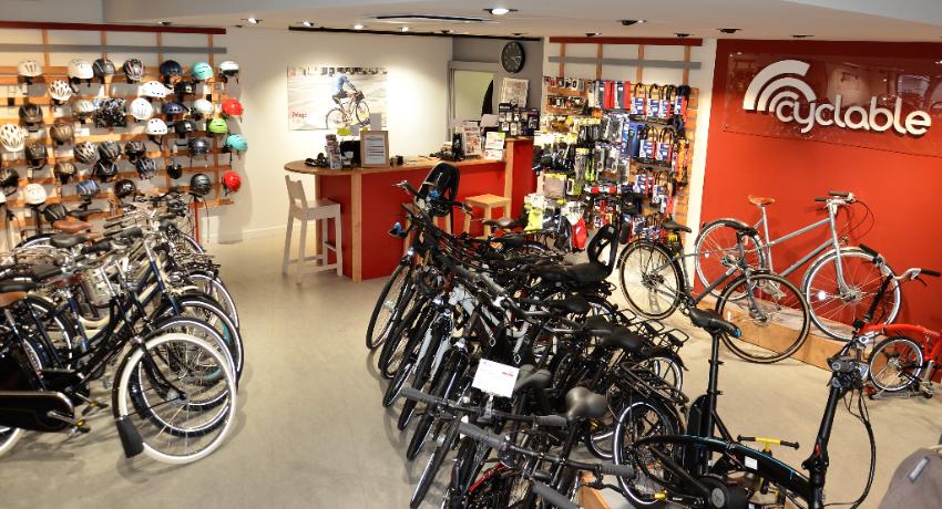 Un beau magasin de vélos au nord des Hauts de Seine