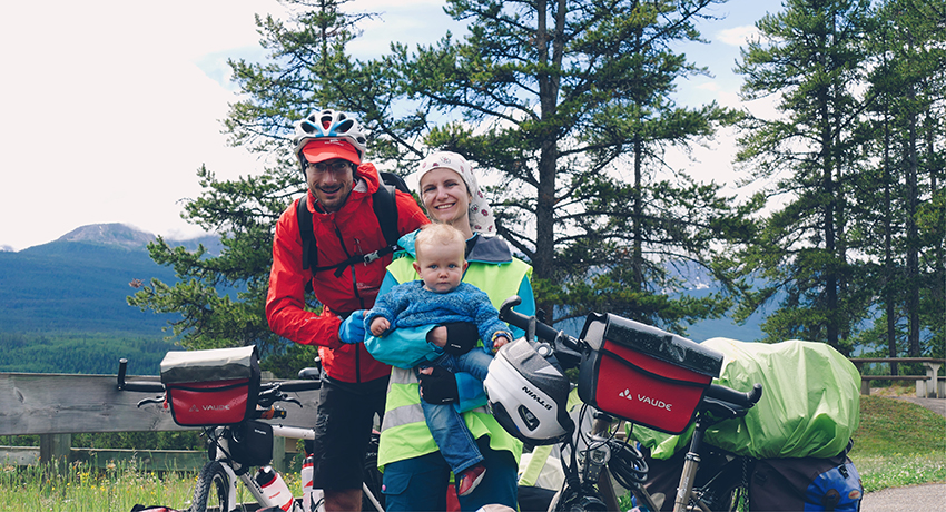 Partir à vélo en famille : l'école buissonnière de la parentalité