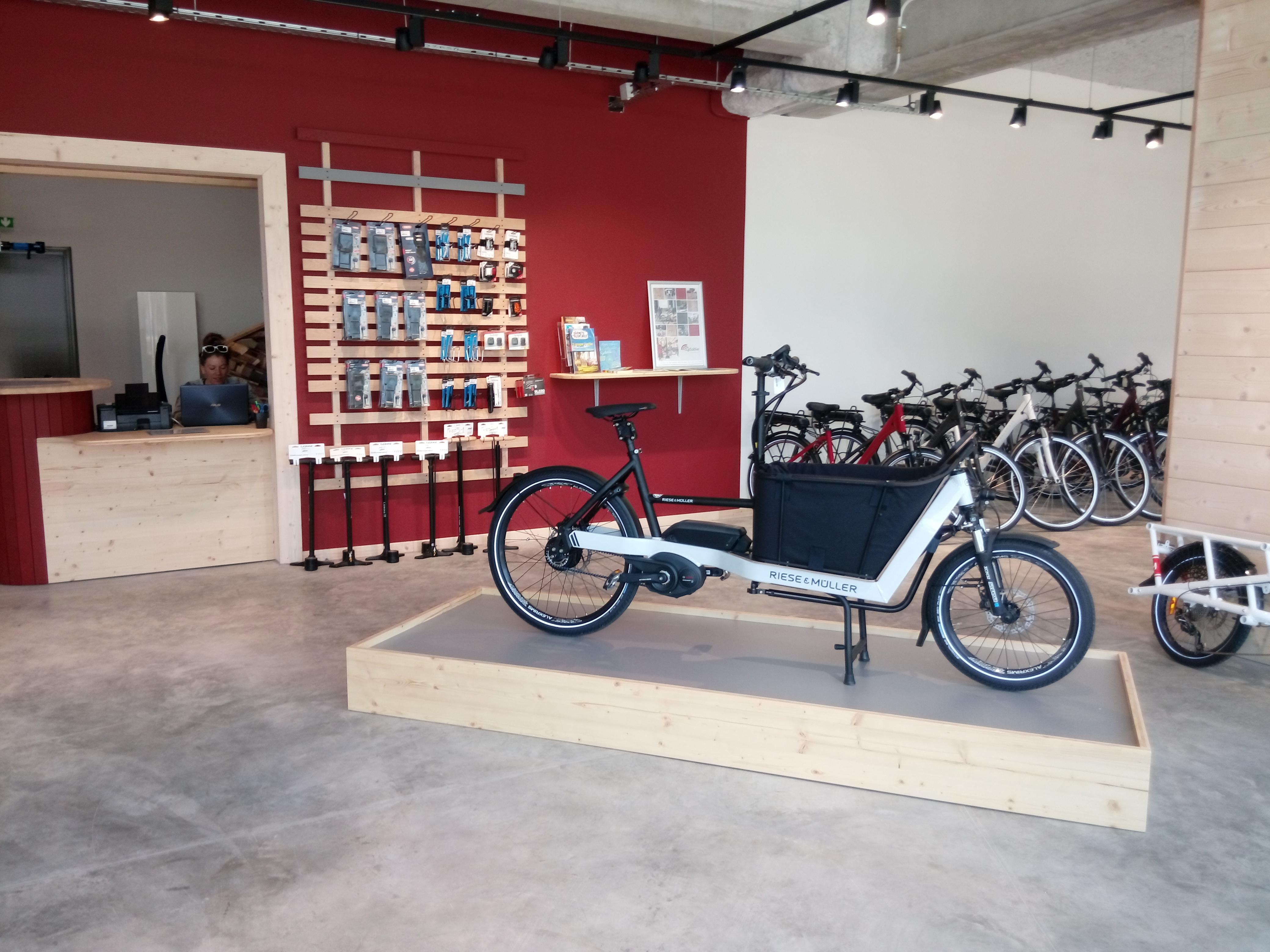 cyclable bayonne un magasin de v los au pays basque. Black Bedroom Furniture Sets. Home Design Ideas