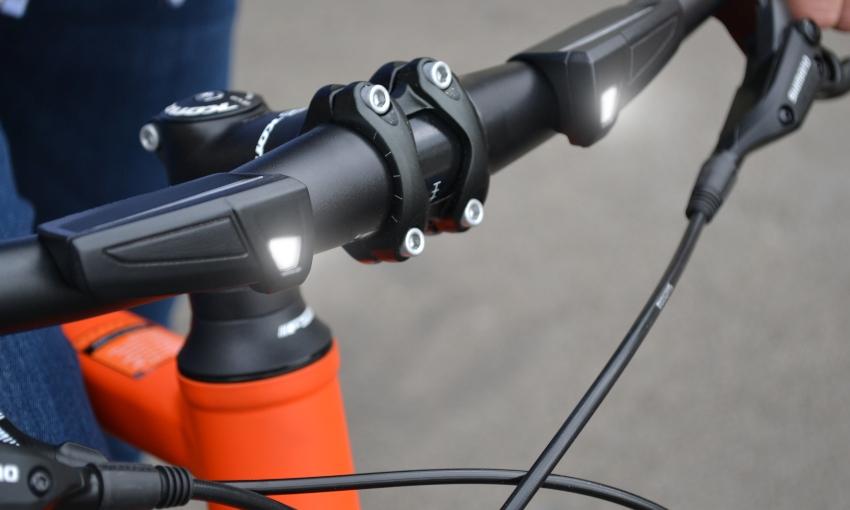 Guidon lumineux connecté vélo Wink Bar