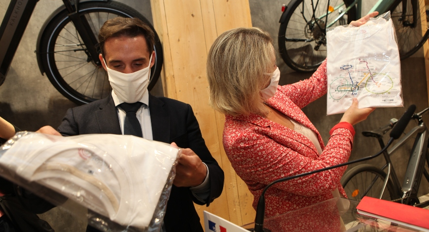 Barbara Pompili et Jean-Baptiste Djebbari chez Cyclable