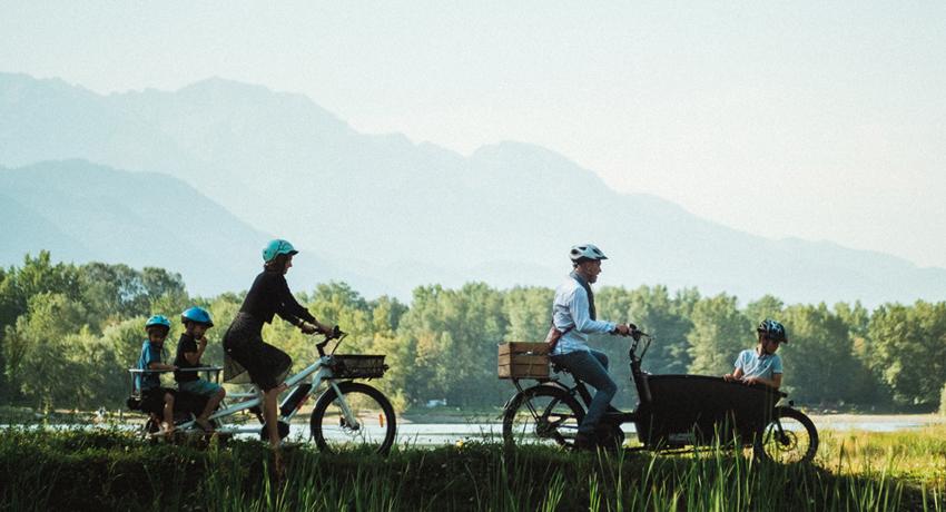 Familles avec deux vélos cargo
